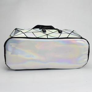 Image 3 - Nowy Luminous kobiety plecak szkolny Hologram moda geometryczne składane torby szkolne dla nastoletnich dziewcząt holograficzny sac a dos