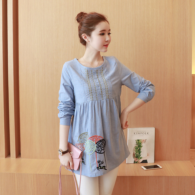 5e4eff7883e43 Maternity Clothes Spring Autumn Fashion Embroidery Loose Office Blouses  Shirts for Pregnant Women Cotton Pregnantcy T-shirts