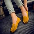 Горячей продажи женщин повседневная обувь мода лето скольжения на цвета конфеты женщины плоские туфли мокасины flock удобные женская обувь DT81