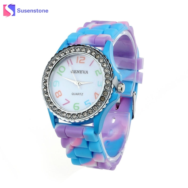 2018 Silicone Watch Fashion Women Luxury Crystal Dress Watches Sports Bracelet W