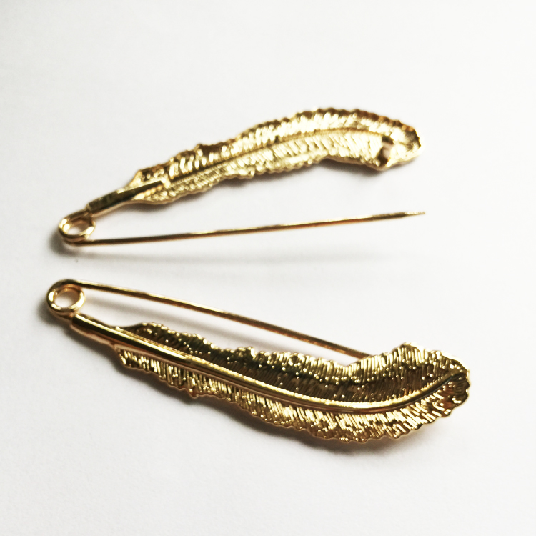 Gold 2pcs/lot Length:9cm Feather Large Alloy Safety Pin--Big and Strong Enough to Hold Heavy-Material Garment accessories