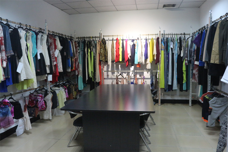 sample room.jpg