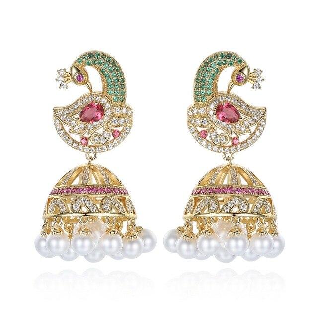 Pendientes de perlas Jhumka de Bollywood indias, perlas artificiales chapadas en oro, araña Jhumki de pavo real, joyería elegante de lujo para novia