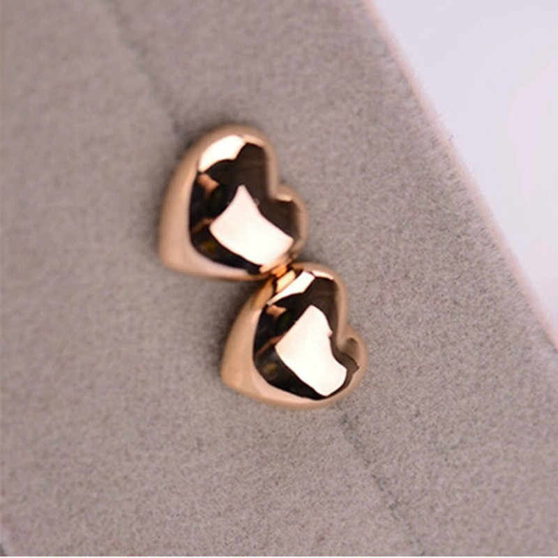2018 Hot Selling New Fashion Cute Heart Simple Vintage Glossy Stud Earrings For Women Wedding Personality Jewelry Wholesale