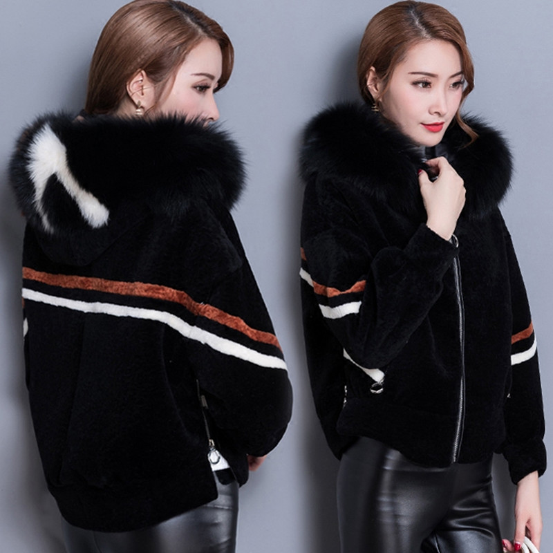 High quality Fur sheep shearing coat women's short outwear 2018 winter Korean fashion warm padded fur hooded plus size jacket