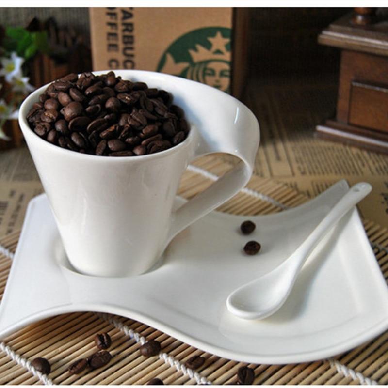 90 ml ceramiczne zwykły filiżanka i spodek fali uchwyt kubki do kawy i spodek filiżanki do espresso i talerze w Kubki od Dom i ogród na  Grupa 1