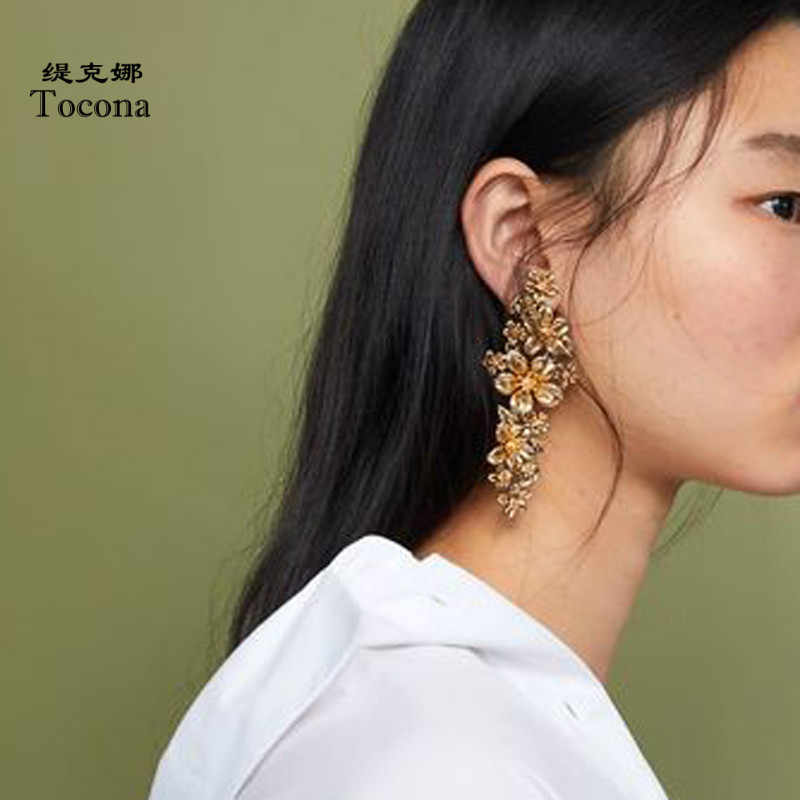 Tocona New Arrival Hot Sale Beautiful Flower Shape Design Gold Silver Color Drop Earrings For Women Ladies Fashion Jewelry 3841
