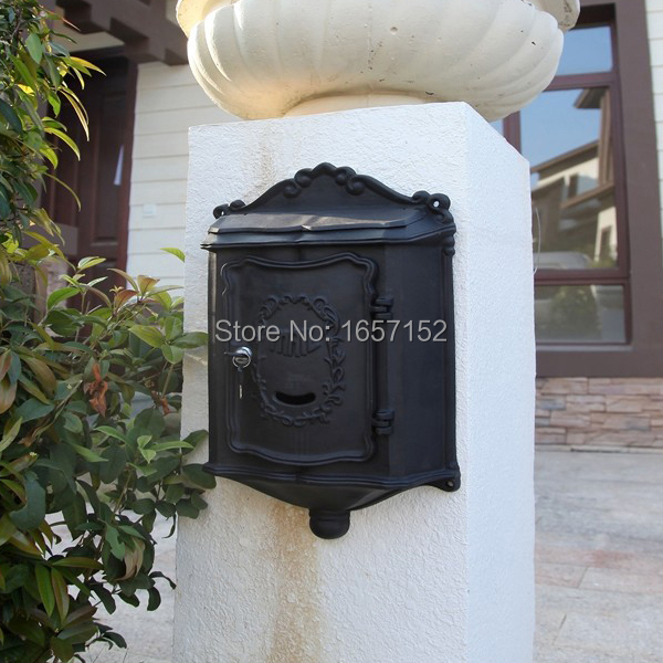Top selling European cast iron mailbox Wall Mount Metal Post Letters Box Fashion Vintage Newspaper box Post Letter Box