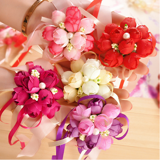 09df321598 US $8.59 |10 Pcs\lot Rose Wrist Corsage Bridesmaid Sisters Hand Flowers  Artificial Bride Flowers For Wedding Party Decoration Bridal Prom-in ...