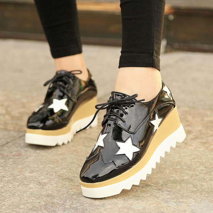 6291cc6b93a European famous brand woman Brogue shoes stars lace up wedges shoes lady  platform shoes PU pantent leather creepers Derby shoes-in Women s Flats  from Shoes ...