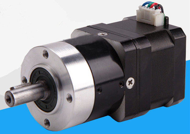 цена на New Ac 5:1 Planetary Gear Reducer for nema 17 Stepper Motor Synchronous Electric Speed Reducing Gear-box