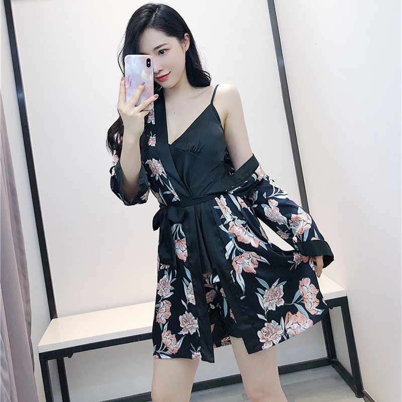 QWEEK 2019 אופנה הדפסת Homewear נשים קיץ סקסי ללא משענת קרח משי הלבשת ספגטי רצועת Robe Nightwear שלוש-חתיכה נשים