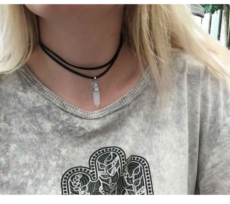 bohemian-boho-chocker-leather-necklace-with-natural-crystal-stone-pendant-7