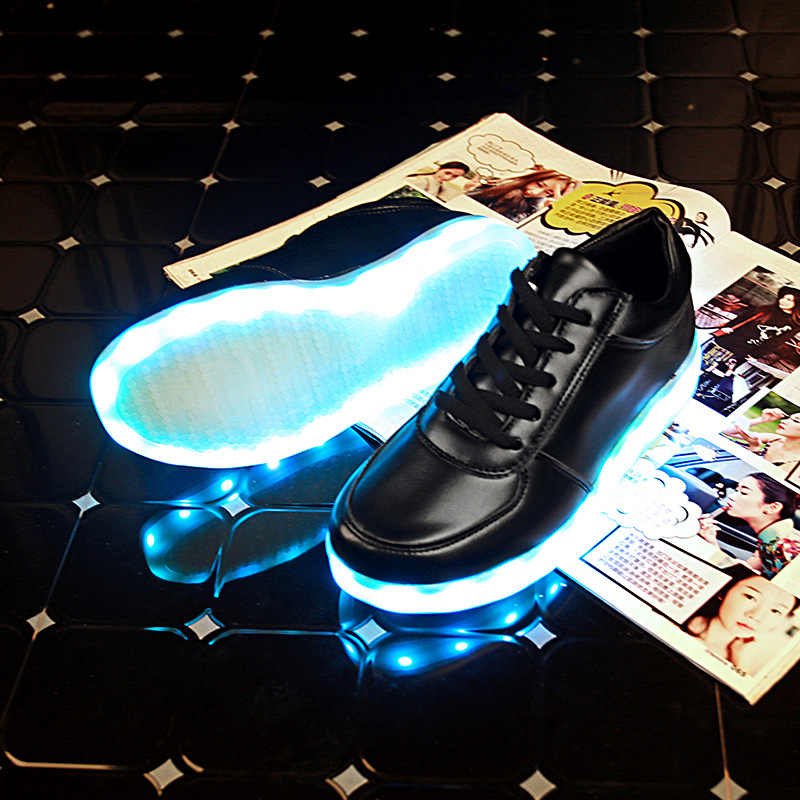 Glowing Kids Led Lights Shoes USB Rechargeable Schoenen Men Casual Shoes Women Luminous Adults Sneakers Male Female Couple Shoes
