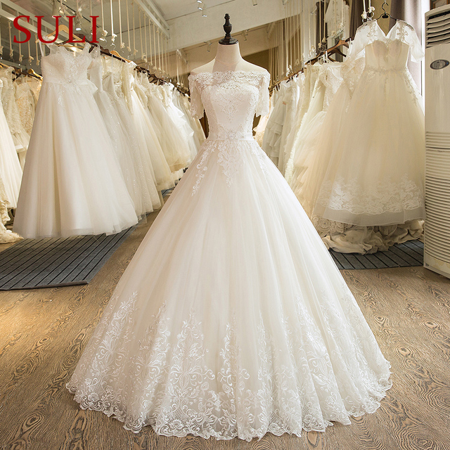 SL-5 Charming A-Line Short Sleeve Tulle Lace Appliques Vintage Boho Wedding Dress