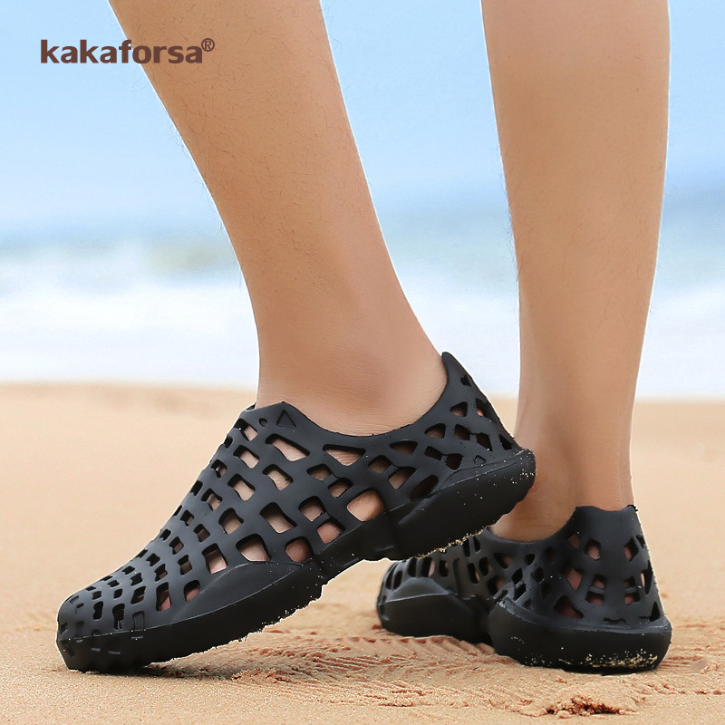 Kakaforsa Men Summer Shoes Sandals Men's Holes Sandals Hollow Breathable Flip Flops Croc Shoes Fashion Outdoor Beach Slippers