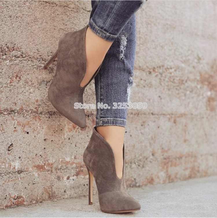 ALMUDENA/Новинка; сезон осень; цвет красный, бежевый, черный; замшевые ботильоны с v-образным вырезом; фигурно вырезанный каблук; дизайнерские модельные ботинки на шпильке; обувь гладиаторы в байкерском стиле