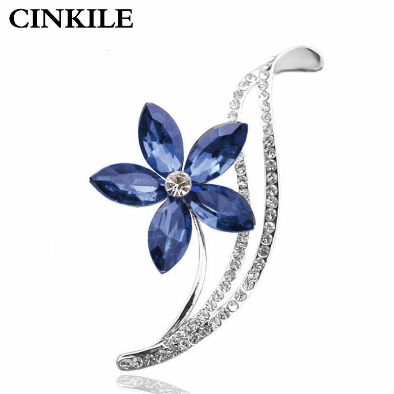 3 Warna Memilih CZ Berlian Imitasi Bunga Bros untuk Wanita Desain Sederhana Fashion Perhiasan Pernikahan Pin dan Bros Kualitas Tinggi