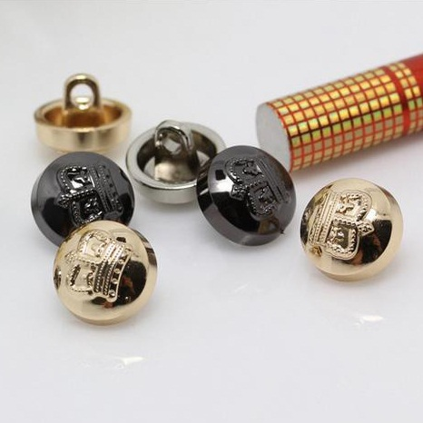 300Pcs/lot 10mm Bulk Button Children Crown Skirt Button Sewing Products Alloy Metal Round Resin
