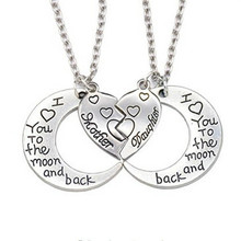 2Pcs/set I Love You To The Moon And Back Mother Daughter Moon Love Heart Pendant Necklace Mothers Day Christmas Gifts For Her недорого