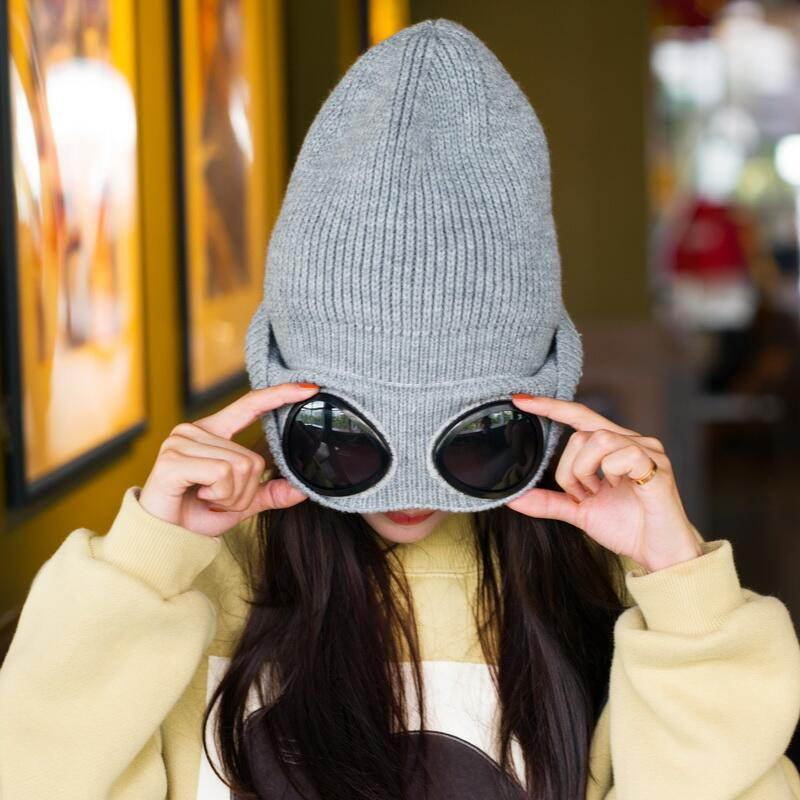 Women Caps Windproof Glasses Hat Wool Winter Fashion Gorros Cap Fixing Stacking Knitted Hats Women Personality Ski Cap