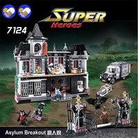 A toy A dream New DECOOL 7124 Genuine Series Marvel Batman Movie Arkham Asylum Building Blocks Bricks Toys with Legoingly 07055