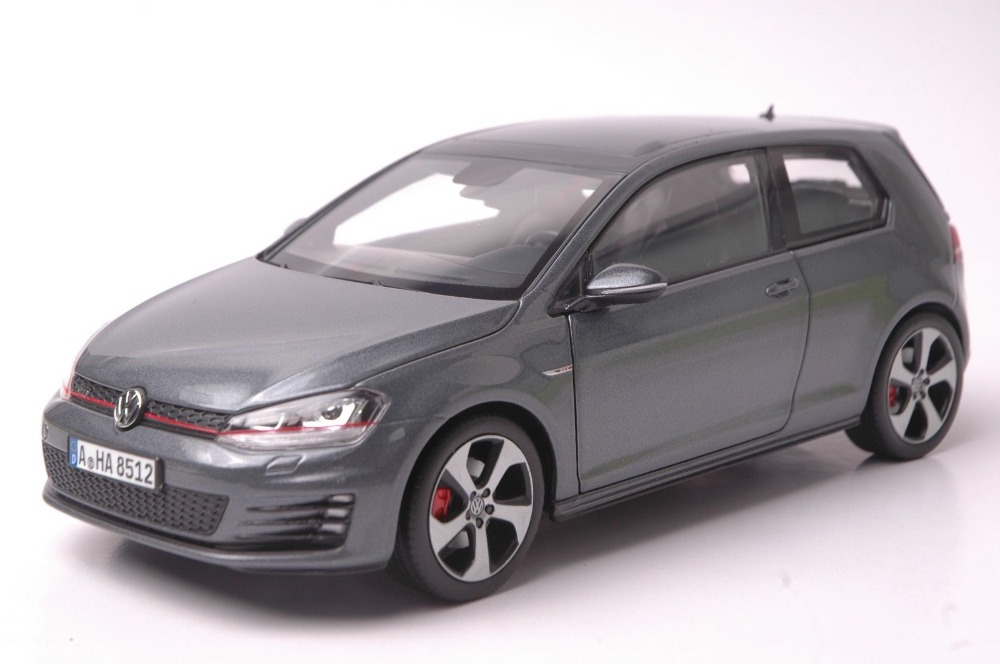1:18 Diecast Model for Volkswagen VW Golf 7 GTI 2014 Grey Alloy Toy Car Collection Gifts simulation mini golf course display toy set with golf club ball flag