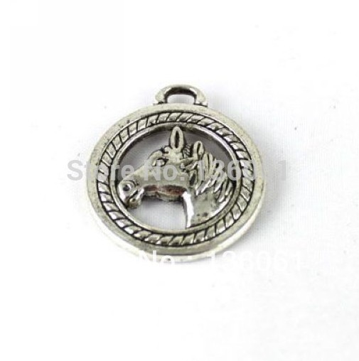 Antique Silver Vintage Alloy Round Horse Head Charms Pendant For Jewelry Making Findings Bracelets Crafts DIY Gifts Hot Z613