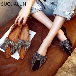 Image 1 - SUOJIALUN kadın düz 2019 zarif moda kadın düz bale ayakkabıları Bling kristal papyon sivri burun daireler ayakkabı bayan parlak düz