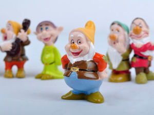 Image 2 - Hot Snow White and the Seven Dwarfs Figures / Cake Topper/ Kids Gift 8pcs