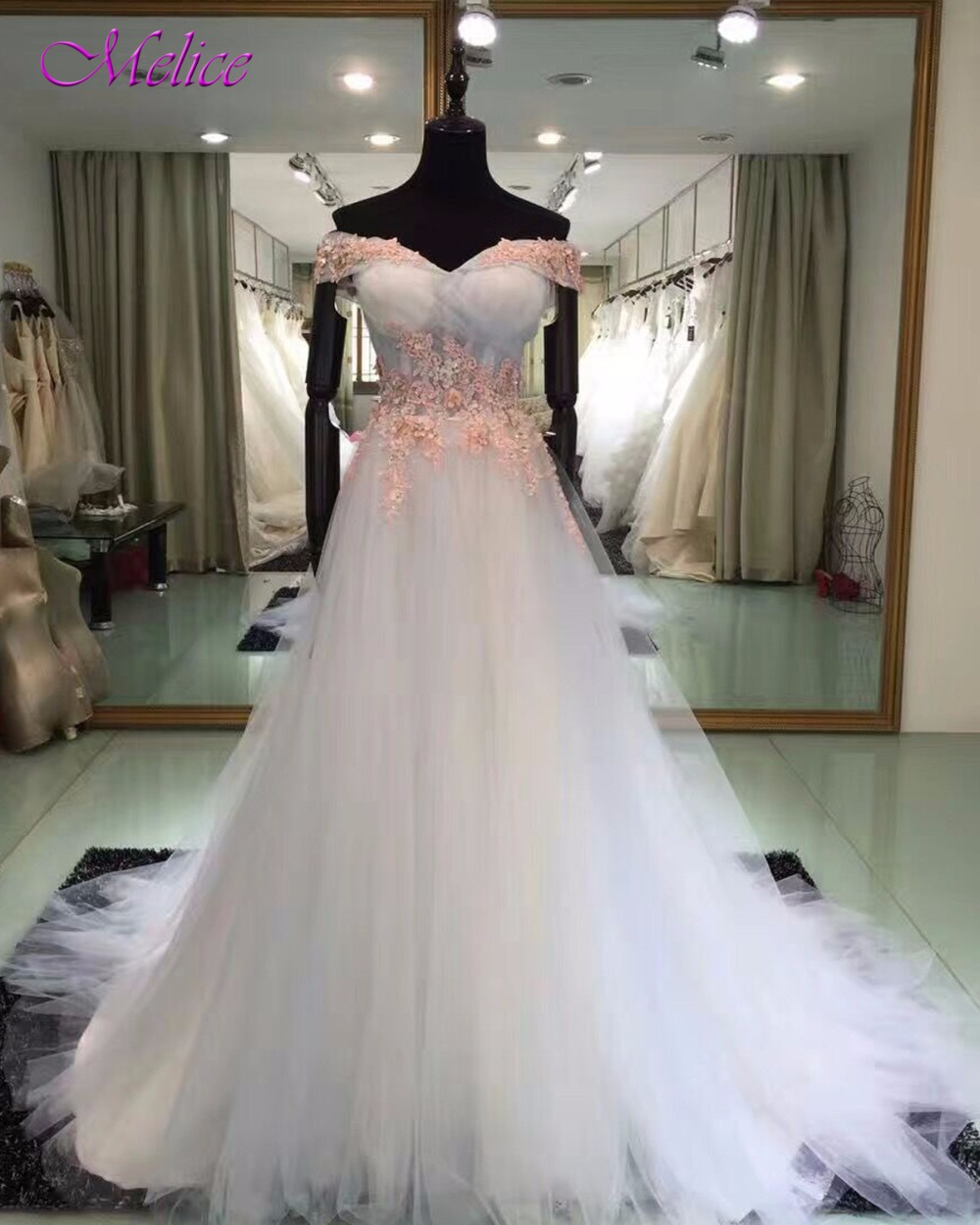 Fmogl New Arrival Fashion Boat Neck A-Line   Prom     Dresses   2019 Appliques Pleated Tulle Celebrity   Dress   Robe De Soiree Plus Size