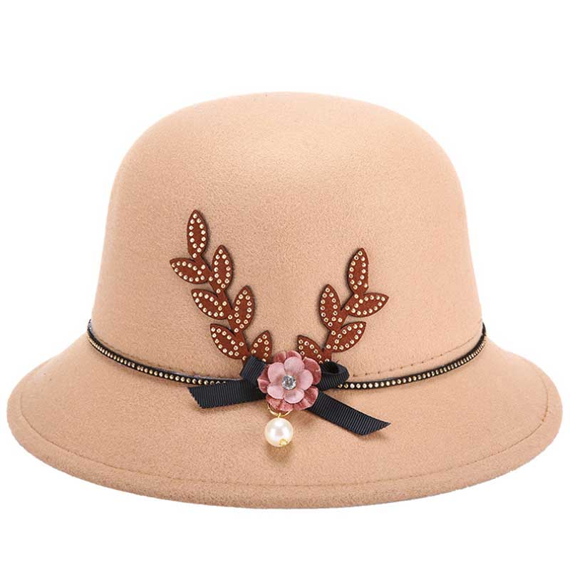 7ddeca22a7b fashion new elegant hat winter female hat felt winter pure wool hold warm cap  hat for women Pearls decorations small felt hats-in Fedoras from Women s ...