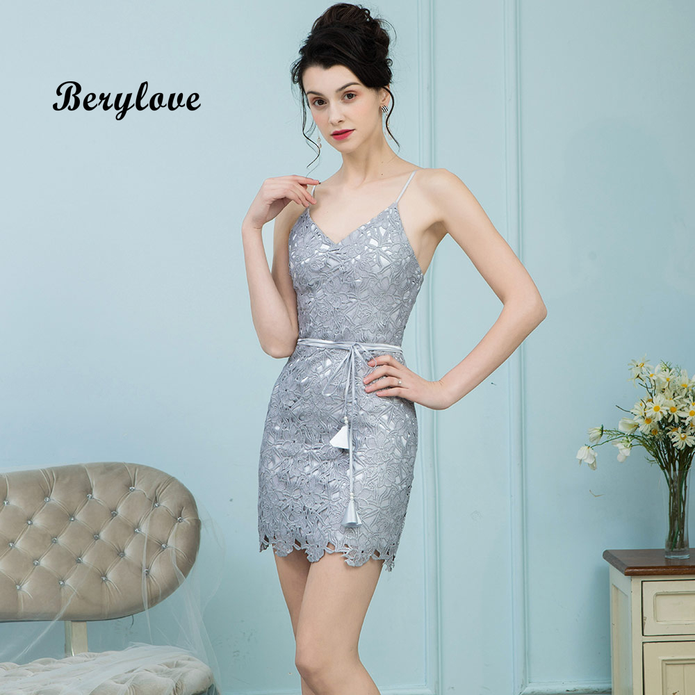 BeryLove Short Mini Grey Homecoming Dresses Straight Spaghetti Straps V Neck Lace Cocktail Dresses 2019 Sheath Party Dresses