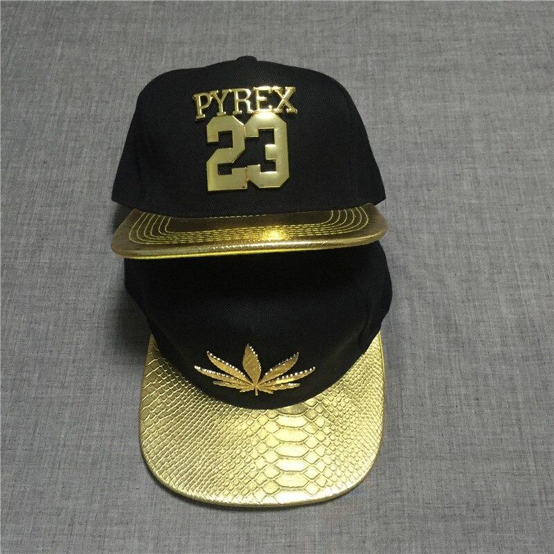 Prix pour Nouveau mode hommes réglable forme de la feuille de métal clouté plat noir casquettes de Baseball Snapback Hip Hop chapeau
