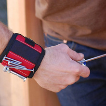 Magnetic Wristband with Strong Magnets For Holding Screws Na