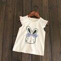 Nuevas 2017 muchachas del verano de algodón sin mangas T-shirt bebé de dibujos animados conejito Camiseta tops niños de la manera linda remata camisetas