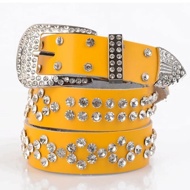 83b7efb91caf Dames Célèbre Femme Bracelet Marque Designer de Haute Qualité Diamant  Femmes Ceintures Taille De Luxe Punk Ceinture Jeans Cinto Feminino Jaune