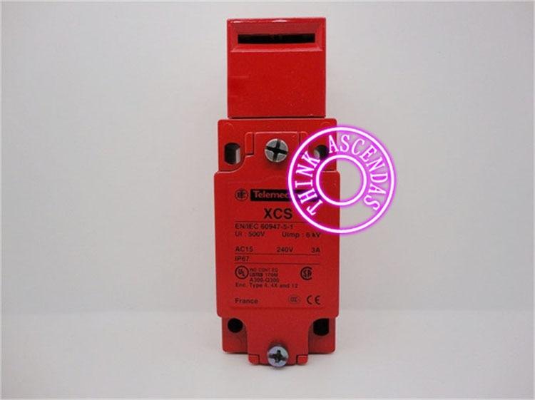 Safety switch Red switch Original New XCS XCSA802 XCS-A802 xcse7311 safety switch 3pole 2nc 1no new