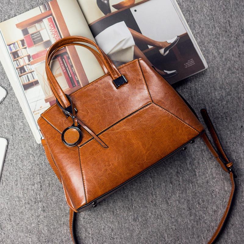 Genuine Leather Women Messenger Shoulder Handbag Oil Wax Cowhide Luxury Ladies Tote Bag Female Sling Crossbody