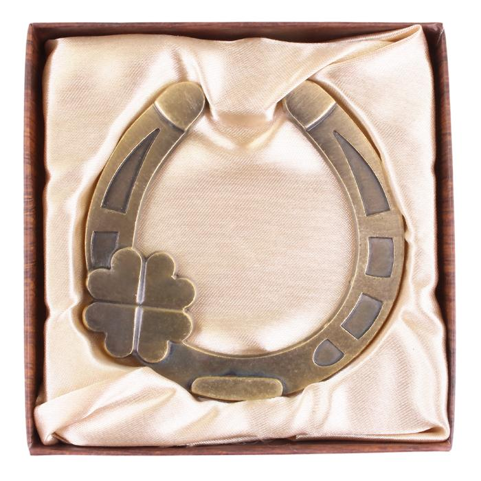 Wholesale Charms.vintage Clover Russian Horseshoe.retro Metal Crafts U0026 Art  For Party/home Decor.plastic Box Gift Bring Good Luck