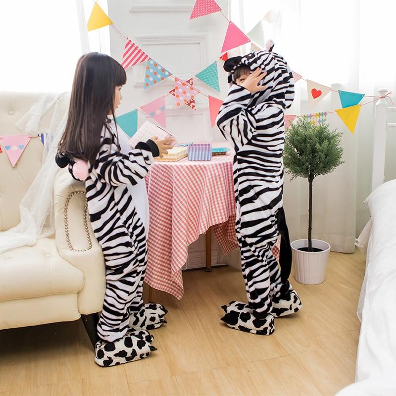 Zebra Winter Flannel Warm Animal Kids Pigiama Abbigliamento per adulti bambini Tutina One Piece Pijama For Girls