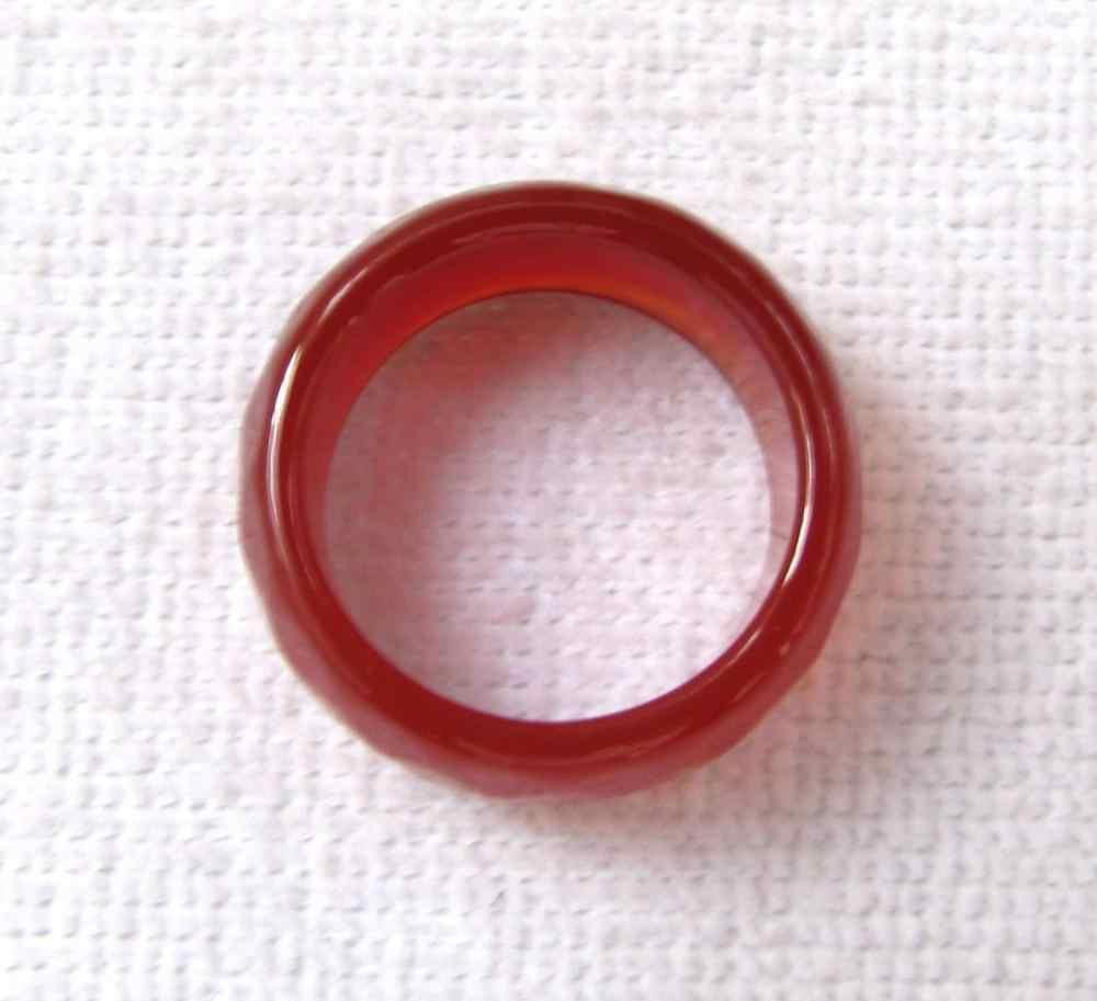 ใหม่ร้อนขายธรรมชาตินิลสีแดงหยกมือแกะสลักแหวนวงขนาด9.5-10.5 #