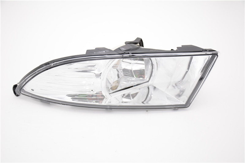1Pcs Left Side Front Bumper Fog Light Lamp New For Skoda Fabia 2011-2014 1pcs new oem rh front bumper fog lamp fog light for kia sportage 2014 2015