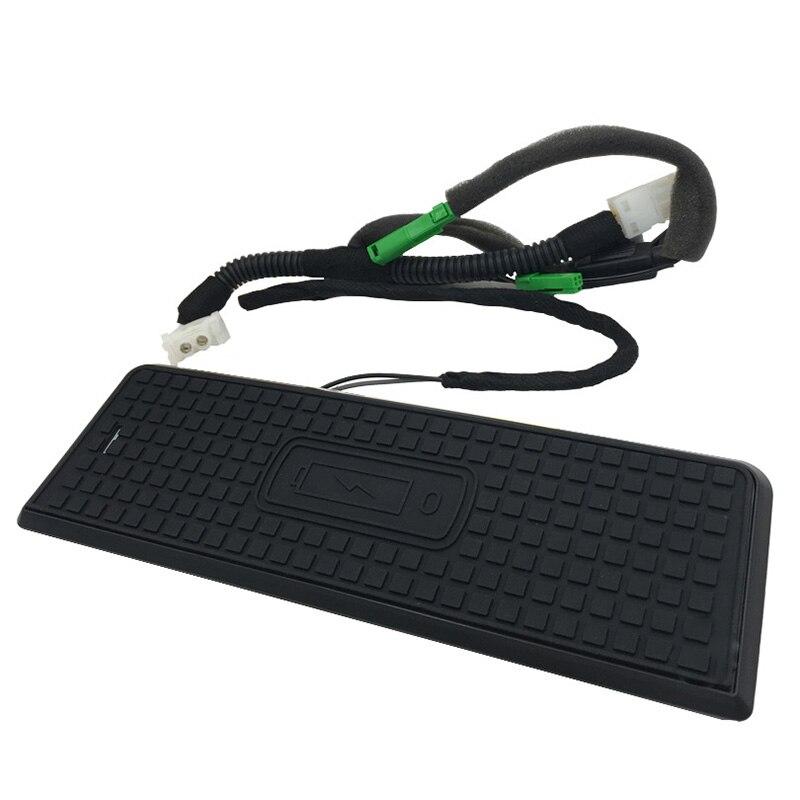 Chargeur sans fil QI pour téléphone portable accessoires de garniture de plaque de charge rapide pour BMW 3 série 4 F36 F34 F32 F31 F30 pour iPhone 6 7 8 X