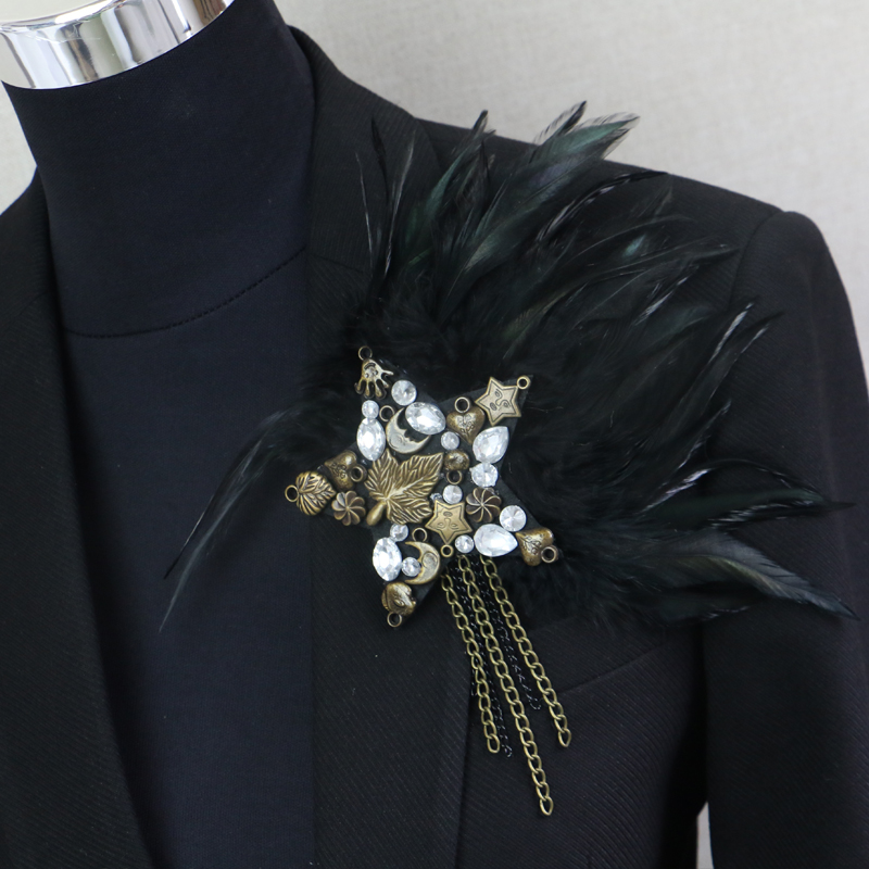 feather star stage jewelery tassel shoulder brooch epaulet /epaulettes spikes/escapulario blazer accessories Host decoration