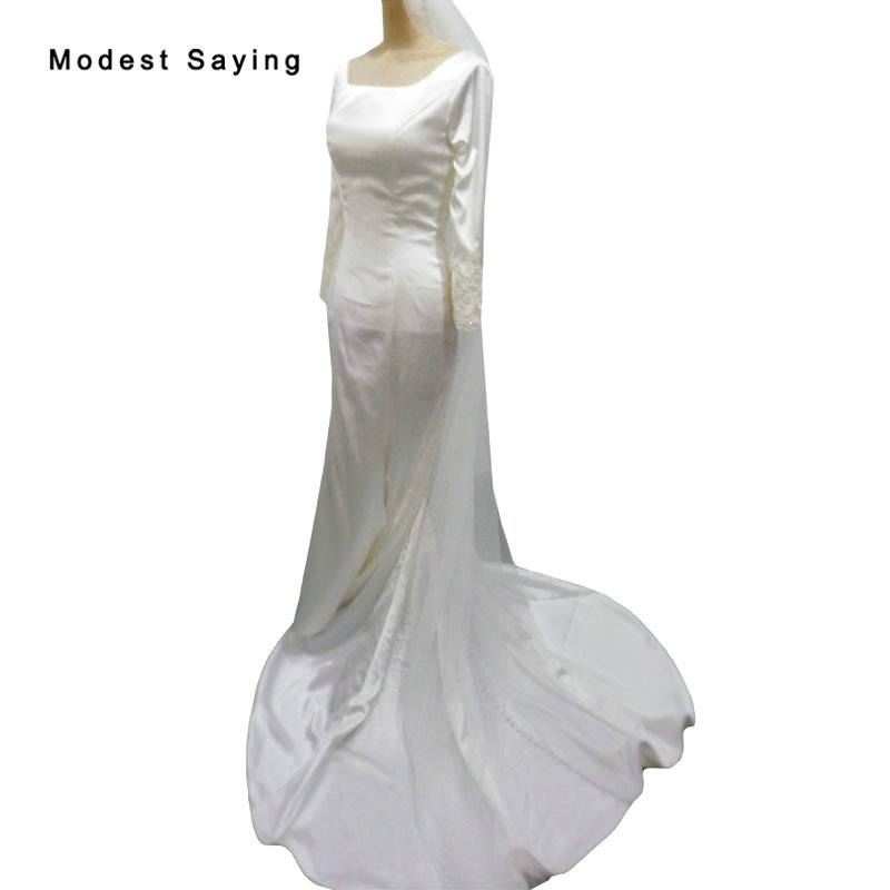 Vintage Ivory Mermaid Pearls Lace Wedding Dresses 2019 Back with Buttons down to Train Church Satin Long Sleeves Bridal Gowns