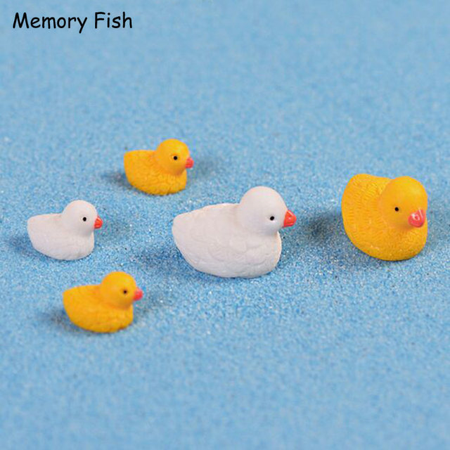 Cartoon Mini Cute Yellow Ducks Beach Landscape Micro Garden Decoration DIY  Aquarium Craft Action Figures Toys Accessories