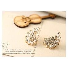 2016 New Gold Crystal Rhinestone Moon Earrings Pentacle Pendant Stud Earrings for Women Fashion Jewelry E307