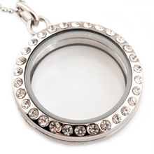 Hot wholesale Stainless Steel Necklace 30mm Round Magnetic Glass Floating Charm Locket Pendants With Rhinestones Free Chain(China (Mainland))