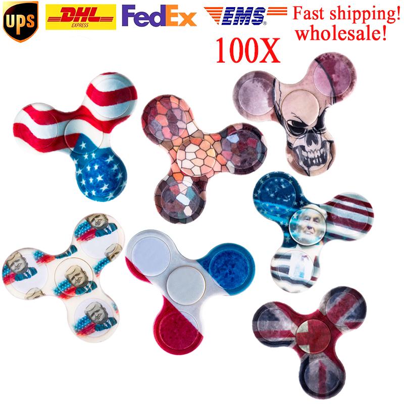 100pcs randomly mixed color free shipping fidget spinner for children Release Pressure hand spinner plastic finger cube Toy